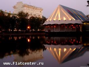Фото Чистых Прудов ночью.Москва.