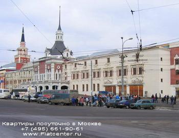 Казанский вокзал в Красносельском районе Москвы.Аренда квартир посуточно на Комсомольской площади
