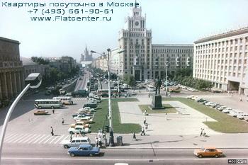 Панорама Триумфальной площади в Москве