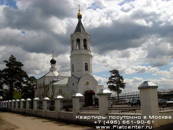 Панорамы Митина.Церковь в Митино