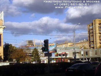 Фото станции метро Аэропорт в районе Москвы Аэропорт. Вид со стороны Ленинградского проспекта