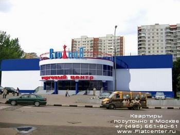 Торговый центр в районе Зябликово