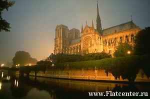 Собор Notre Dame в Париже.
