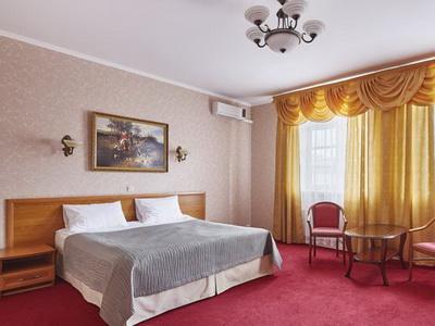 Фото, описание и отзывы о гостинице «Лефортово» рядом с метро Авиамоторная
