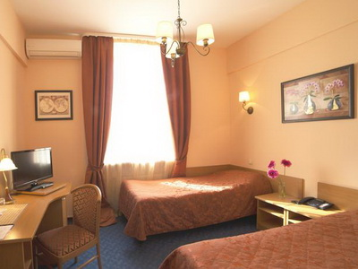 Фото номеров, рекомендации и отзывы об гостинице «Бизнес-Турист» м.«Ботанический Сад» в Москве