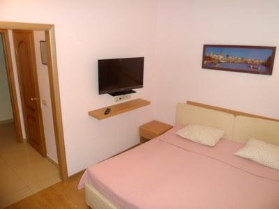 Фото, описание и отзывы об отеле «Златотур»