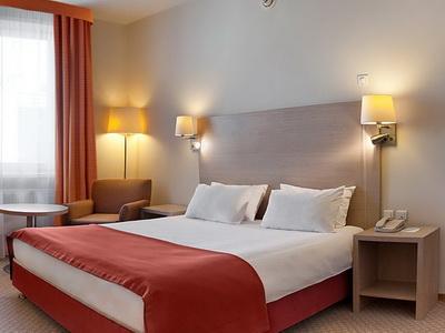Фото, рекомендации и отзывы об гостинице «Холидей Инн Москва Лесная» рядом с метро Белорусская в Москве