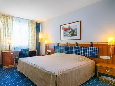 Снять номер в отеле «Русотель» у м.«Бунинская Аллея»