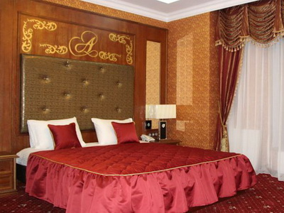 Фото, рекомендации и отзывы об отеле «Авшар-Клаб» у выставки «Крокус-Экспо» в Москве
