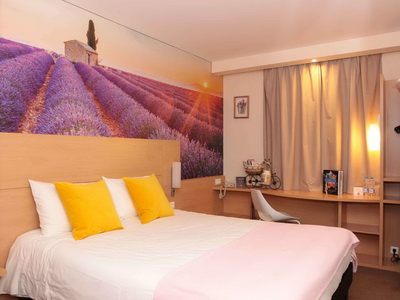 Фото, описание и отзывы об отеле «Отель Ибис Динамо Монарх Центр»