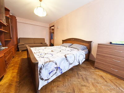 Фото, описание и отзывы об квартире посуточно на ул.Тучковская рядом с метро Фили в Москве