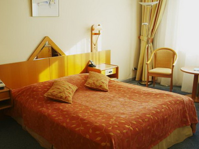 Фото, описание и отзывы об отеле «Протон» у «Экспоцентра» в Москве