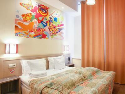 Фото, отзывы жильцов и рекомендации об отеле «Джаз» у м.«Каховская»