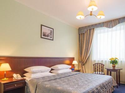 Фото, описание и отзывы о гостинице «Салют» рядом с метро Коньково в Москве