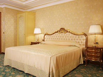 Фото, рекомендации и отзывы о отеле «Золотое кольцо» у «Экспоцентра» в Москве