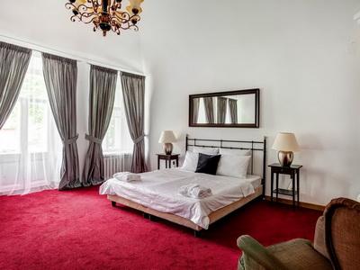 Фото, рекомендации и отзывы об гостинице «Barin Residence» рядом с метро Маяковская в Москве