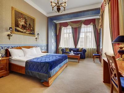 Фото, рекомендации и отзывы об гостинице «Пекин» рядом с метро Маяковская в Москве