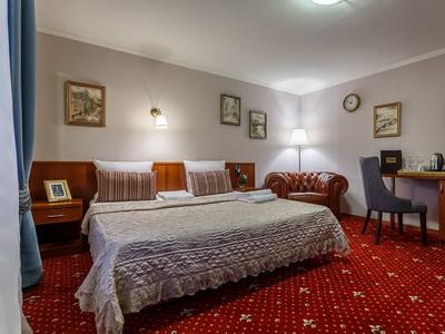 Фото, рекомендации и отзывы об гостинице «Маяк Москва» рядом с метро Маяковская в Москве