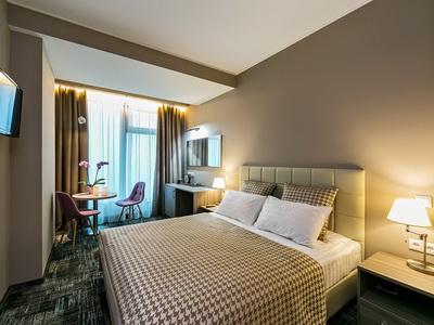 Фото, отзывы и рекомендации о номере с для двоих в отеле «Панорама-Сити» в башне «Империя»