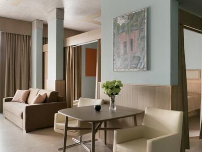 Фото номеров, рекомендации и отзывы о апарт-отеле «Embassy Garden» в Москве
