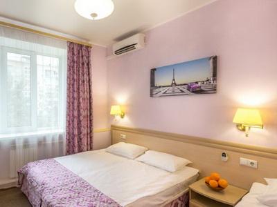 Фото, описание и отзывы о отеле «Апельсин» рядом с метро «Комсомольская» в Москве