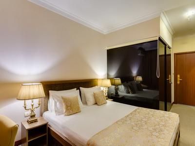 Фото, описание и отзывы об отеле «Vnukovo Village»