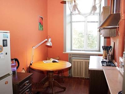 Фото, описание и отзывы об хостеле «CUBE Capsule Rooms» рядом с метро Смоленская в Москве