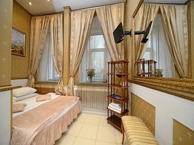 Фото, описание и отзывы об отеле «Булгаков» рядом с метро Смоленская в Москве