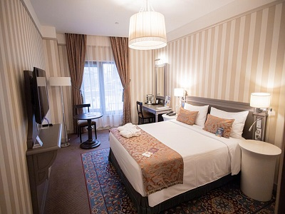 Фото, описание и отзывы об отеле «Меркюр Арбат» рядом с метро Смоленская в Москве