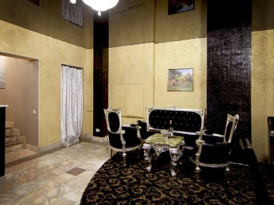 Фото, описание и отзывы о отеле «Villaggio» рядом с метро Александровский Сад