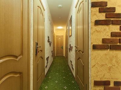 Фото, описание и отзывы об отеле «Винтерфелл» рядом с метро Арбатская в Москве