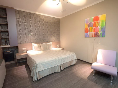 Фото, описание и отзывы о отеле «На Казачьем» рядом с метро Воробьёвы Горы