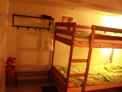 Фото, описание и отзывы о хостеле «Len Inn Lux» рядом с метро «Октябрьская» в Москве