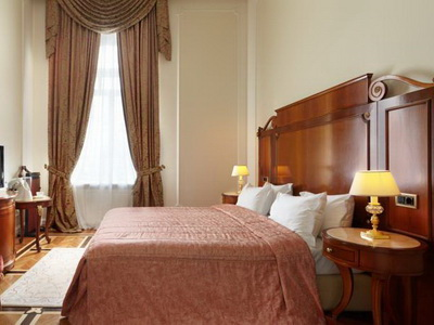 Фото, рекомендации и отзывы об отеле «Савой» в Москве, рядом с Кремлём и Красной Площадью