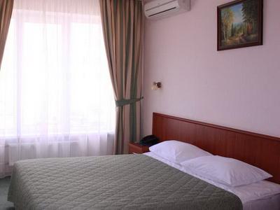 Фото, описание и отзывы о гостинице «Берлин» рядом с метро Тёплый Стан в Москве