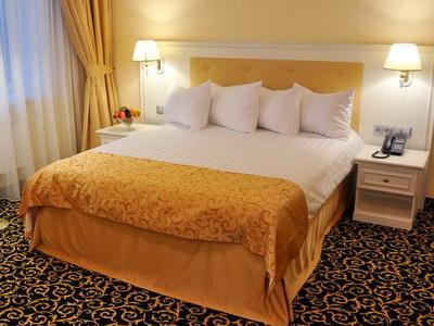Фото, описание и отзывы об отеле «Принц Парк Отель» в Москве