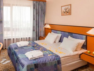Фото, отзывы и комментарии об отелях и апартаментах у м.«ВДНХ», рядом с выставкой «ВВЦ» в Москве