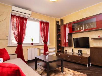 Снять апартаменты посуточно Подмосковный бульвар, метро Волоколамская, рядом с выставкой Крокус-Экспо