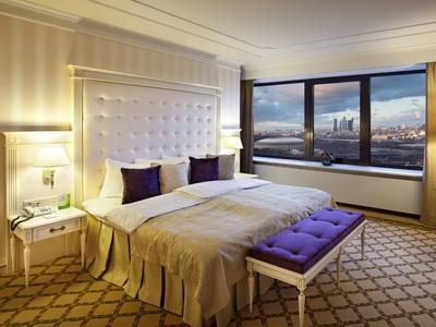 Фото, отзывы и рекомендации о номере с джакузи в отеле «Корстон» в башне «Империя»