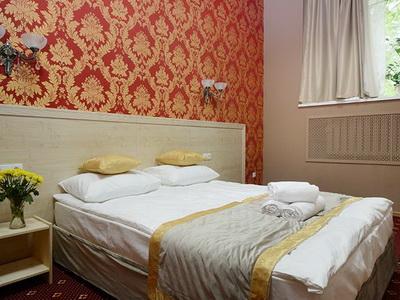 Фото, отзывы и рекомендации об отеле «Апельсин» вблизи метро «Выставочная»