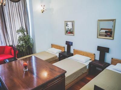 Фото, отзывы и рекомендации об отеле «Грэмми» у «Экспоцентра»