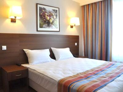 Фото, отзывы и рекомендации о номере с джакузи в отеле «Аминьевская» Аминьевское шоссе 6