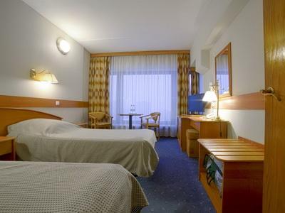 Фото, отзывы и рекомендации о номере с джакузи в отеле «Спутник» Ленинский Пр-т д.38