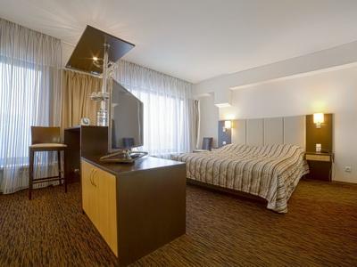 Фото, отзывы и рекомендации о номере с для двоих в отеле «Спутник» Ленинский Пр-т д.38