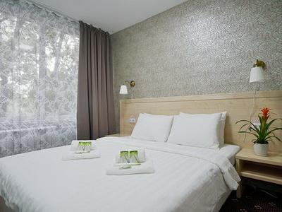 Фото, отзывы и рекомендации о номере с панорамным видом в отеле «Апельсин» на Пр-т Вернадского 105