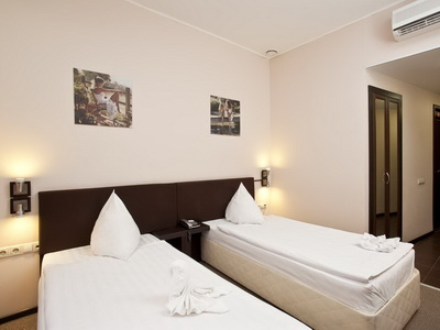 Фото, отзывы и рекомендации о номере с панорамным видом в отеле Инсайд Транзит р-н Румянцево стр 2г