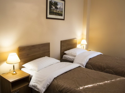 Фото, отзывы и рекомендации о номере с панорамным видом в отеле «Малетон» ул.Ак. Анохина 11а
