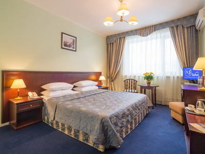 Фото, отзывы и рекомендации о номере с джакузи в отеле «Салют» Ленинский Пр-т 158
