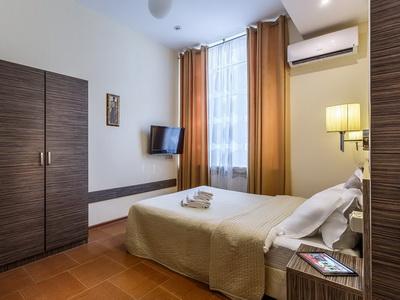 Фото, описание и отзывы о гостинице «Джаз» рядом с онкологическоим центром им. Н.Н. Блохина в Москве