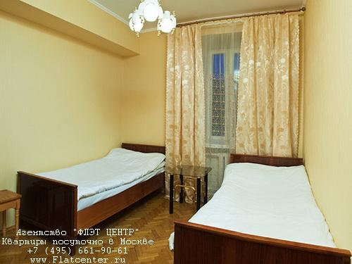 Квартира посуточно на м.Киевская,Украинский б-р, д.5.
